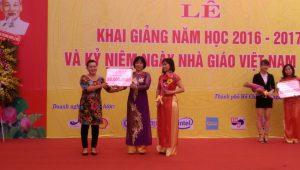 Ban lãnh đạo Hưng Việt M.E dự lễ Khai giảng Trường CĐ Kỹ Nghệ cùng Phó Thủ tướng Vũ Đức Đam